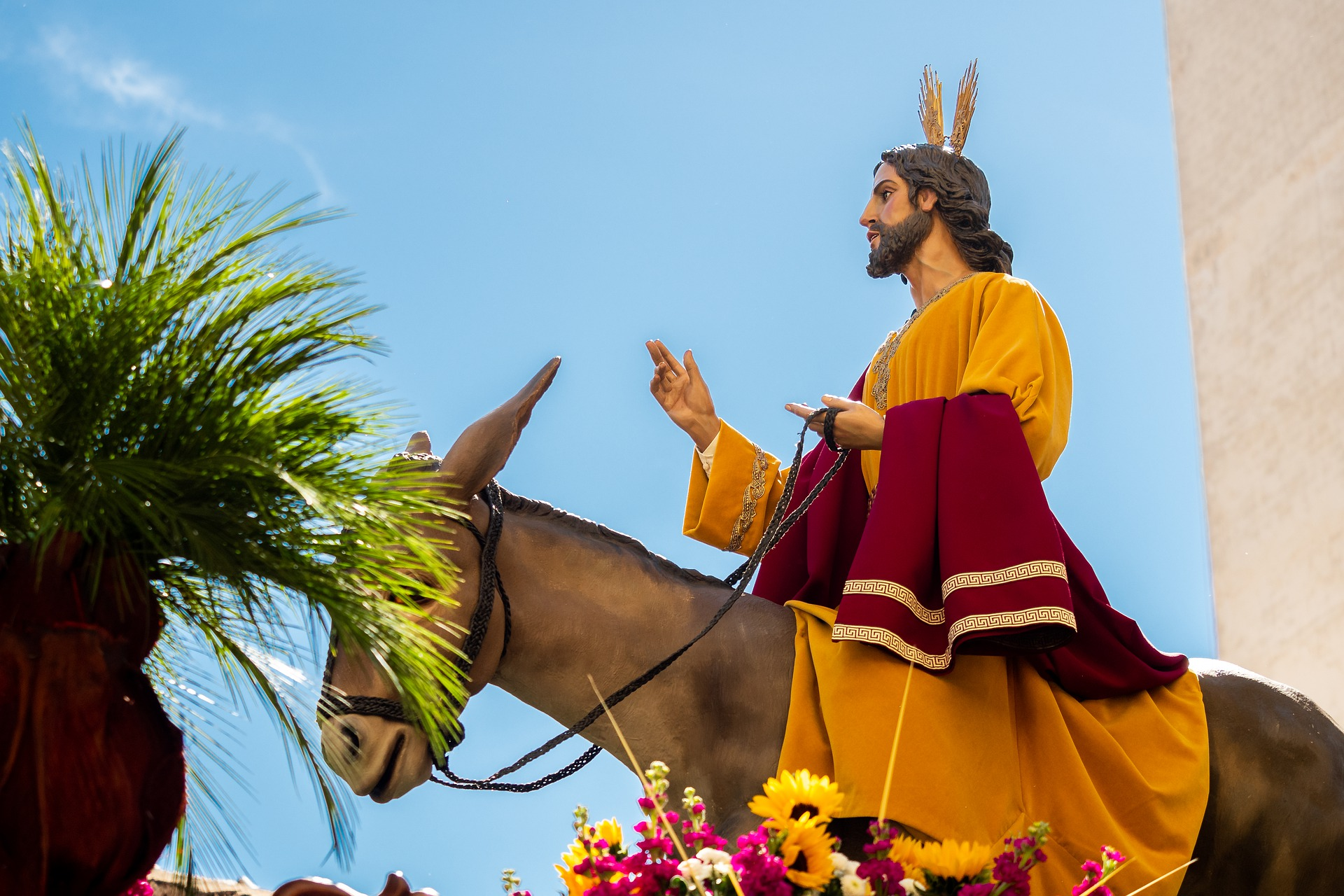 6th Sunday of Lent: Everyone Loves a Parade